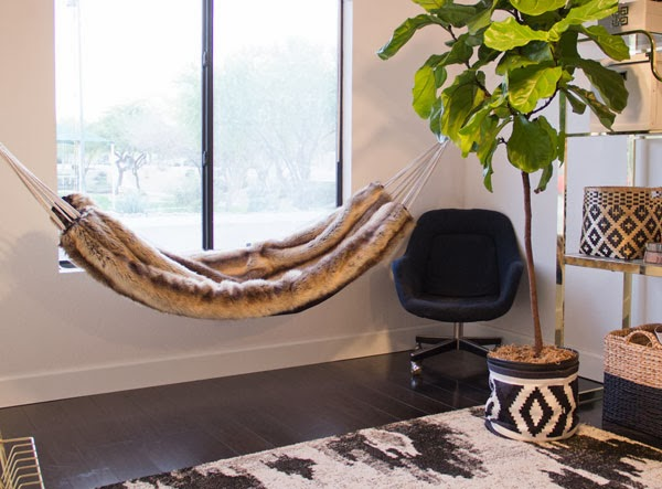 Jessica The Aestate diy-faux-fur-hammock