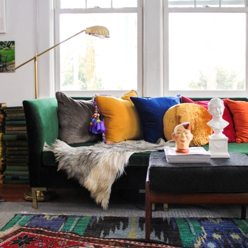 DSponge Kate Pearce Green Sofa w Rainbow Pillows1